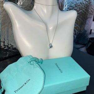 Tiffany & Co. Pendant Necklace Full Heart Peretti